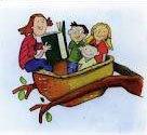 In einem Nest auf einen Baum sitzenden Kindern wir vorgelesen