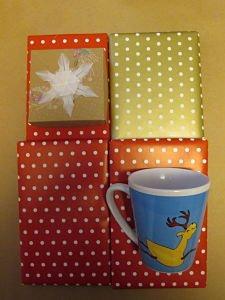Buchbox als Geschenk verpackt