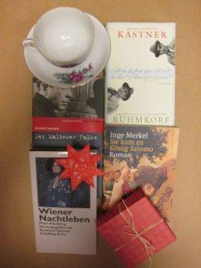 Buchbox mit Tasse und Origami-Schachtel